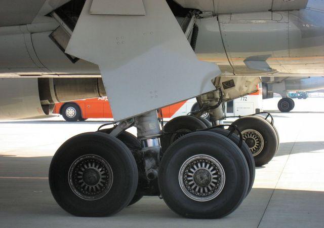 飛行機の主脚