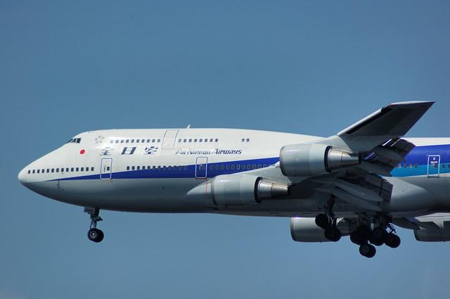 ANA Boeing747-481(JA8965)