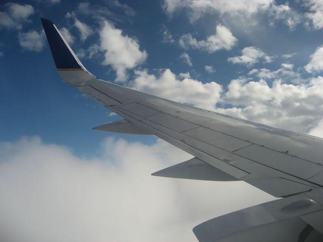 雷雲をかわしながらのフライト
