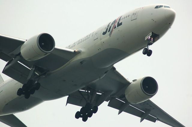 Boeing777-289 JA8978