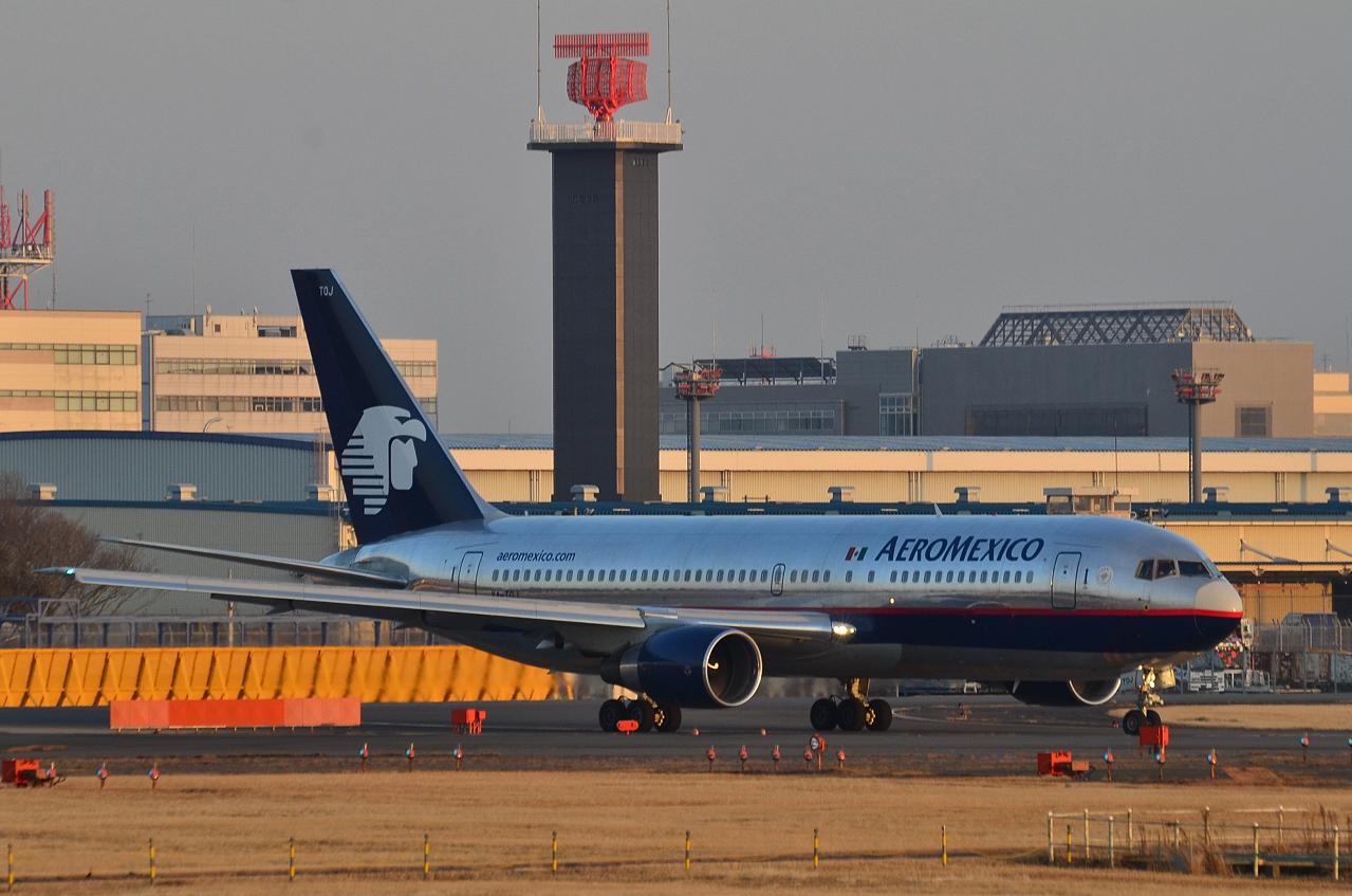 http://airman.jp/archives/2013/02/08/D72_2163.jpg