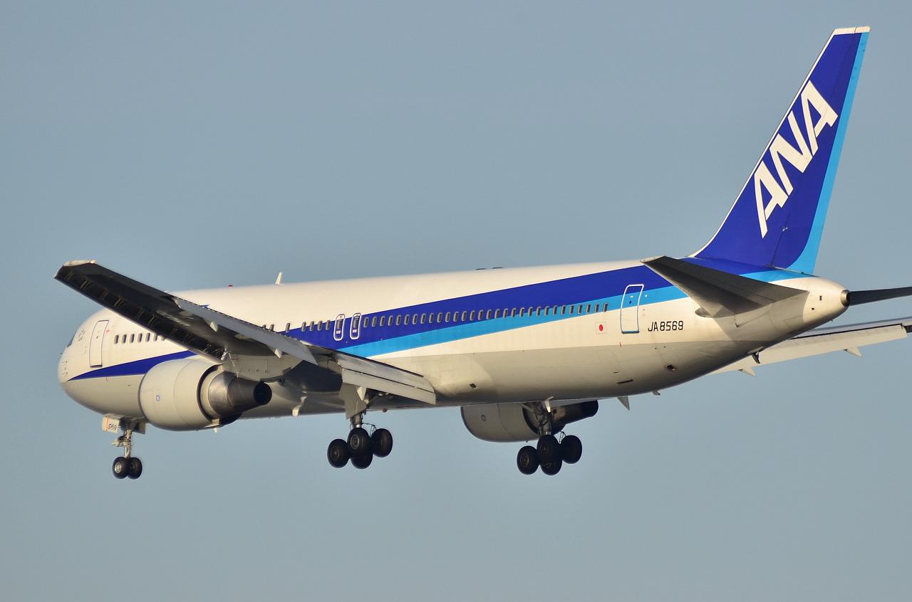 http://airman.jp/archives/2013/04/14/D72_2763.jpg