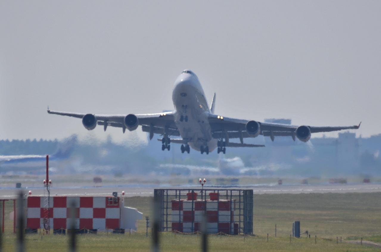 http://airman.jp/archives/2013/05/13/D72_5392.jpg