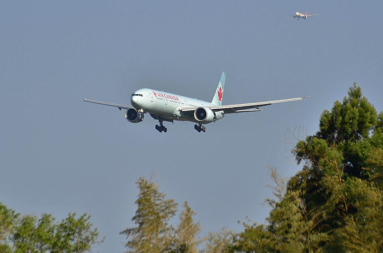 http://airman.jp/archives/2013/06/04/D72_7003.jpg
