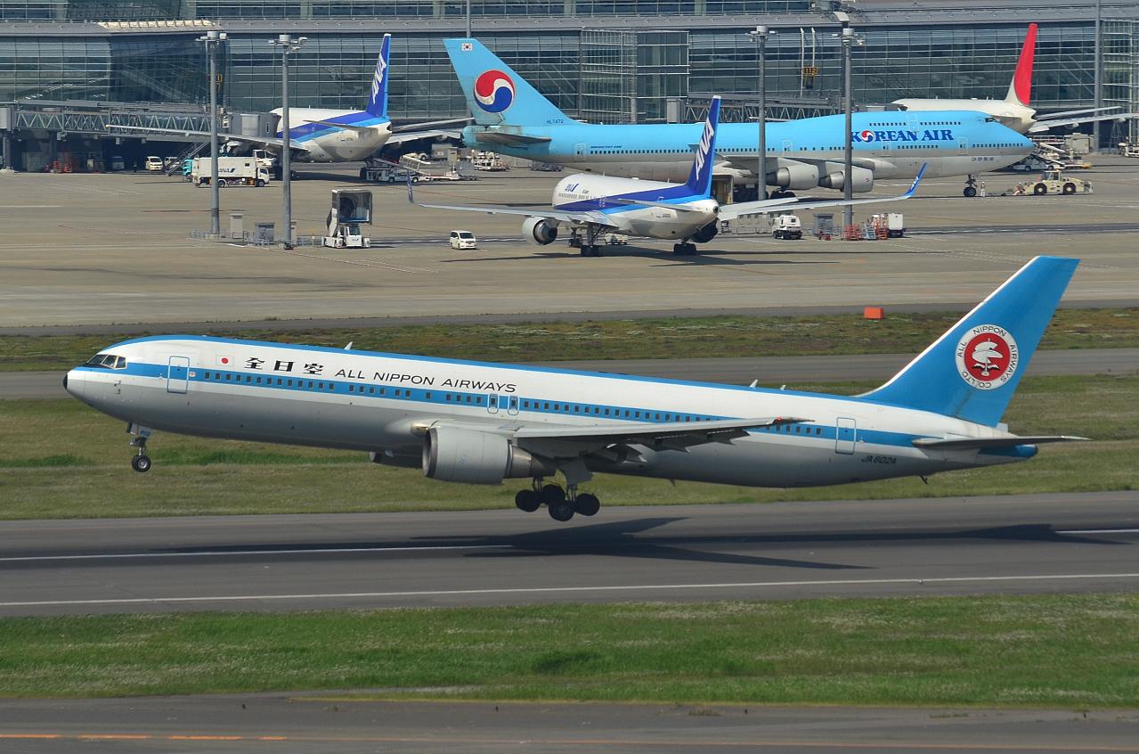 http://airman.jp/archives/2013/06/28/D72_8221.jpg