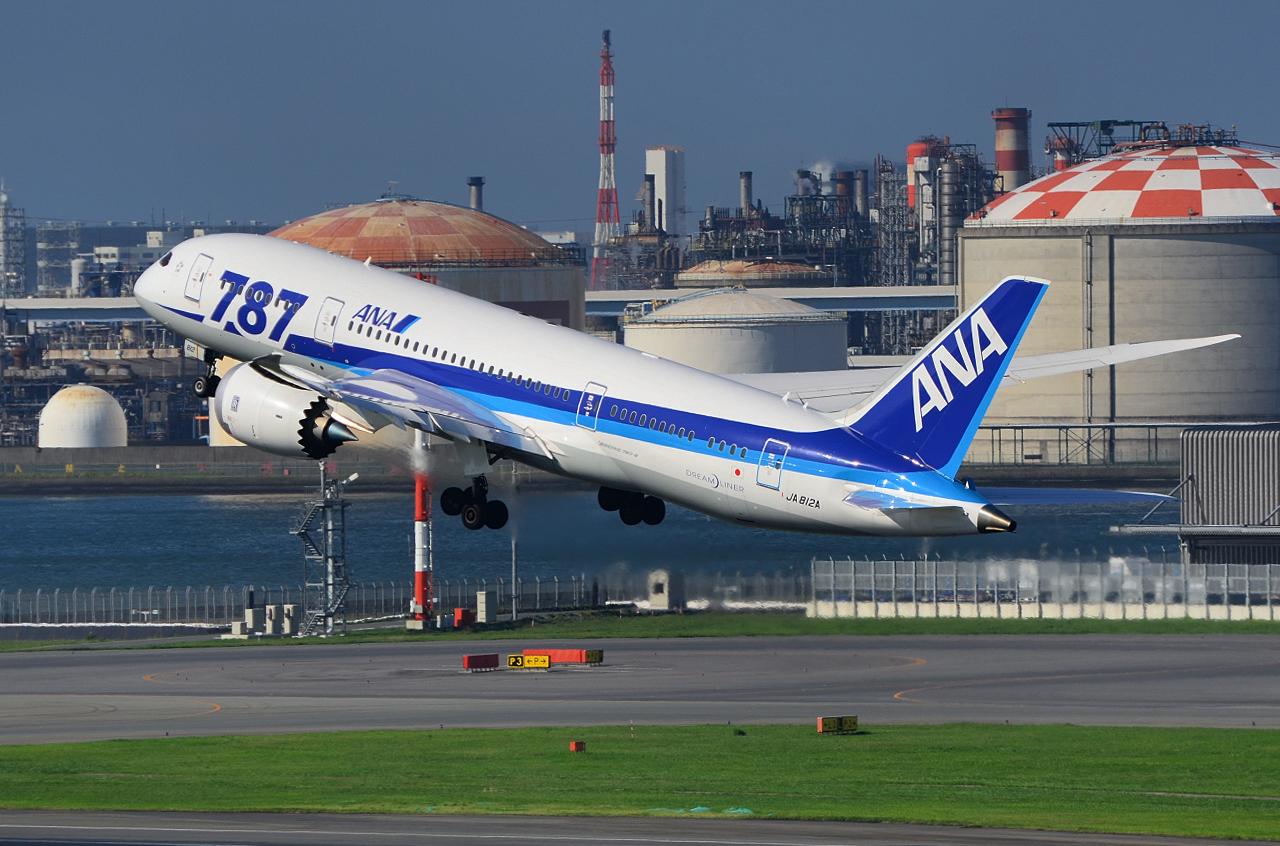 http://airman.jp/archives/2013/07/09/D72_2976.jpg