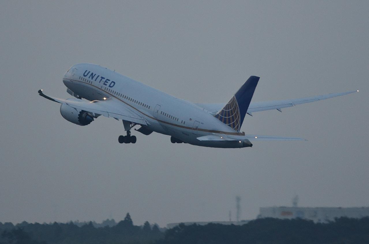 http://airman.jp/archives/2013/08/13/D72_6965.jpg