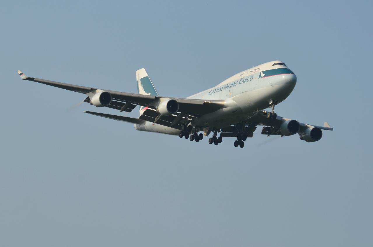 http://airman.jp/archives/2013/09/09/D72_7065.jpg