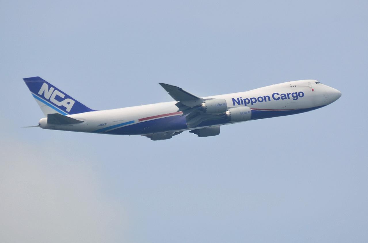 http://airman.jp/archives/2013/10/19/D72_8165.jpg