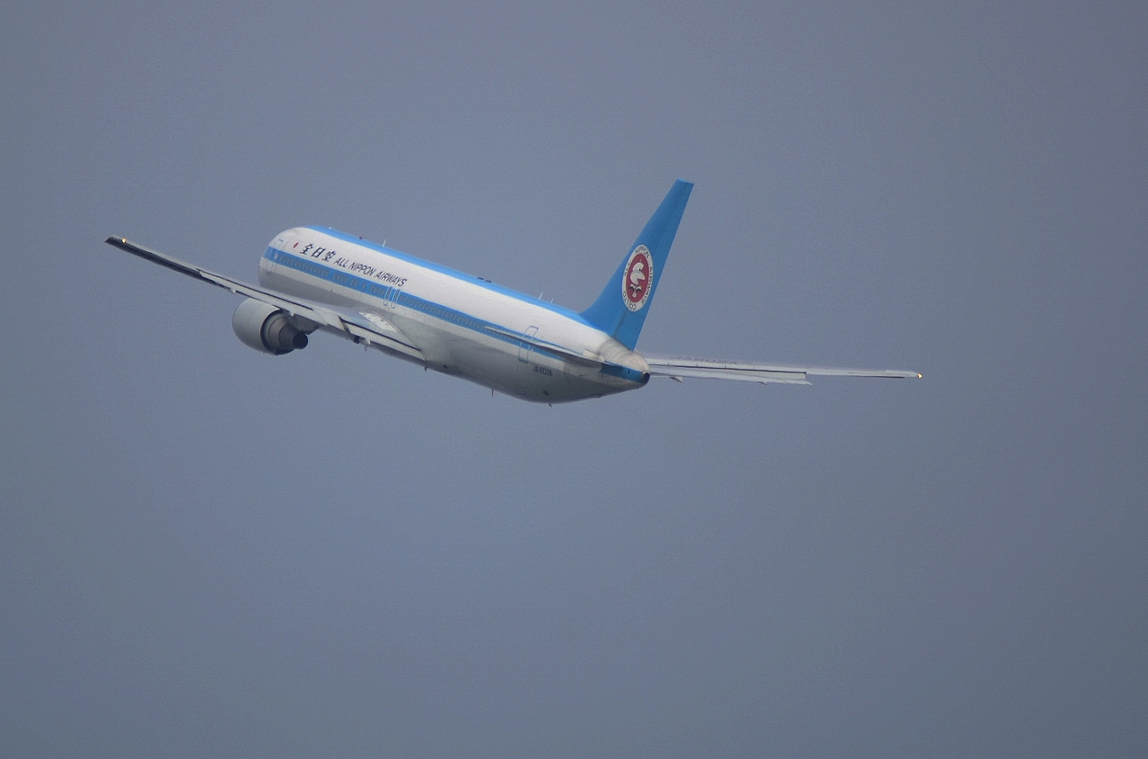 http://airman.jp/archives/2013/11/09/D72_4384.jpg