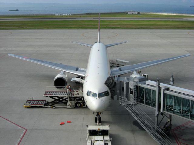 Boeing 767-346