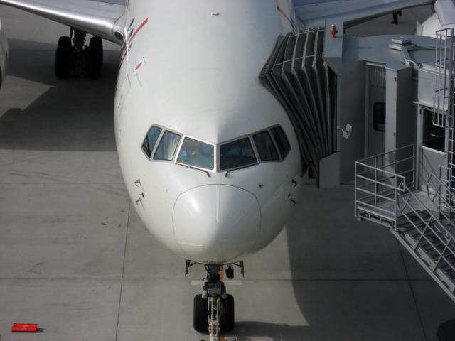 Boeing767-346 機首