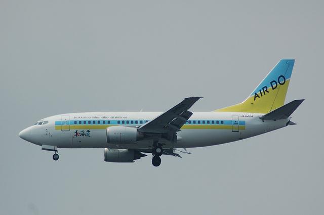 AirDo Boeing737-54K