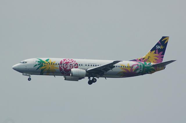 SNA Boeing737-4MO