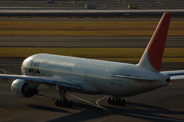 JAL Boeing777 夕暮れの出発