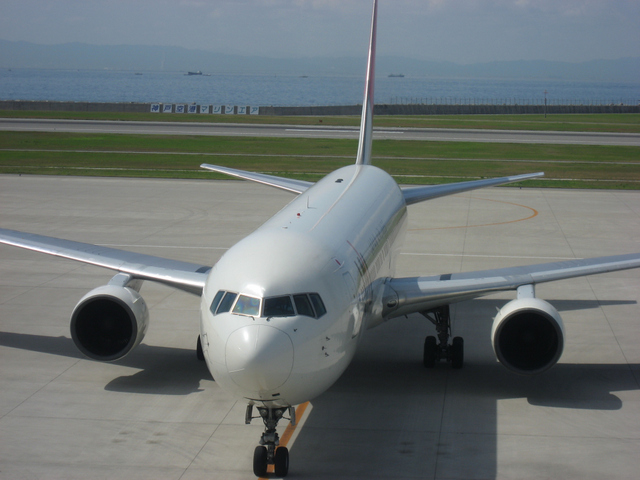 JAL Boeing767