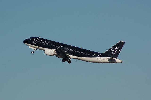 A320-200 ギア・アップ