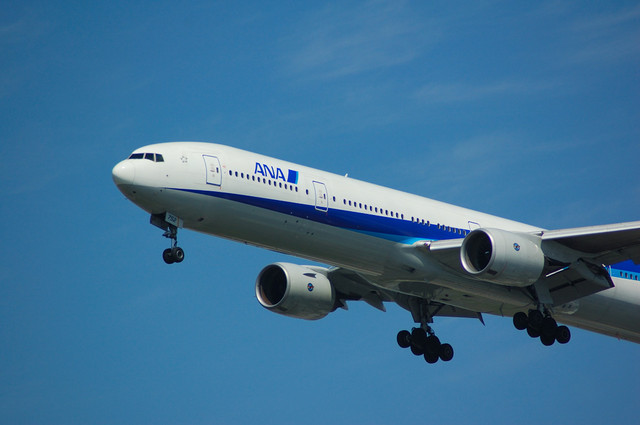 ANA Boeing777 Approach