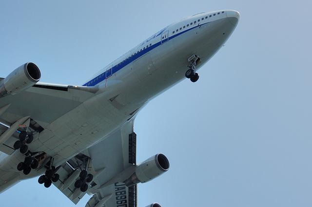 Boeing747-400D(JA8960)