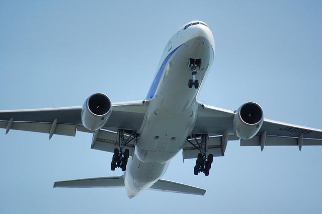Boeing777-200(JA8199)