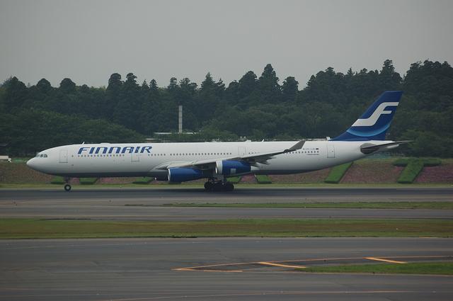Airbus A340-300(OH-LQC)