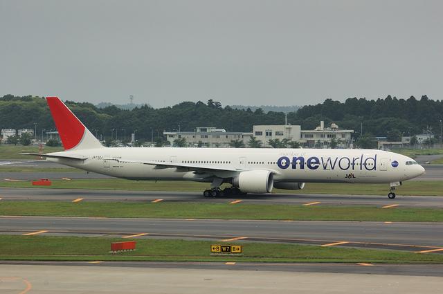 One World B777
