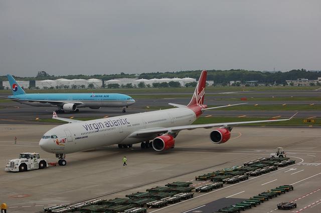 A340 プッシュバック開始