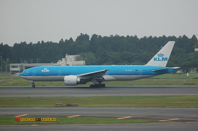 KL862 アムステルダム行き