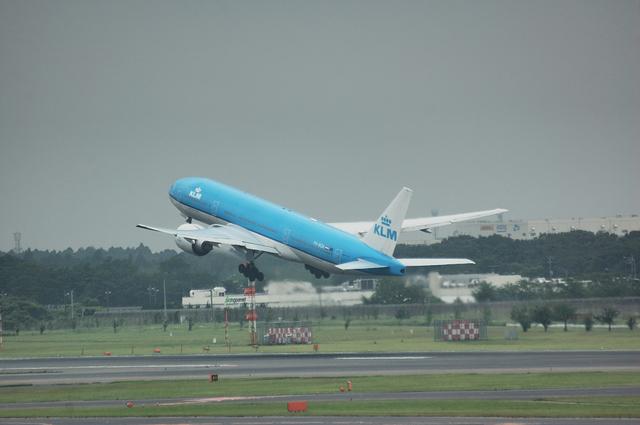 KLM B777 Takeoff