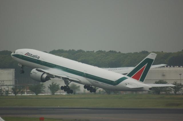アリタリア航空 Boeing777-200 7