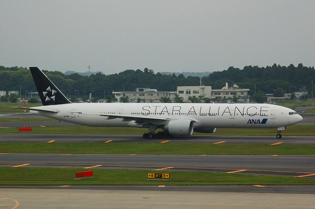 スターアライアンス Boeing777-300ER