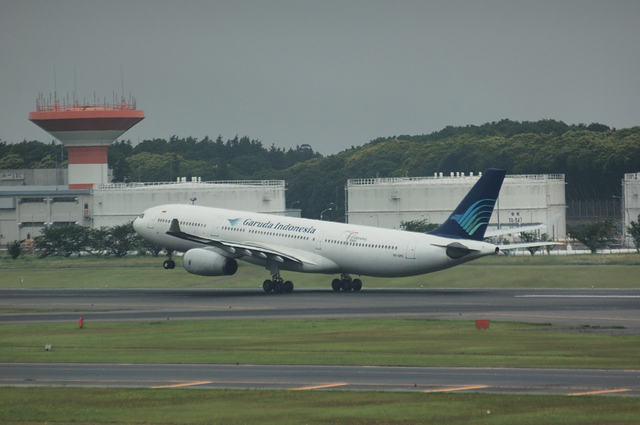 ガルーダインドネシア航空 A330-300 5