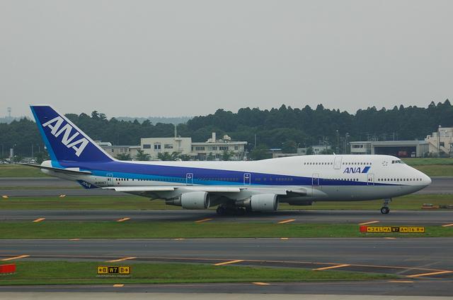 全日本空輸 Boeing747-400