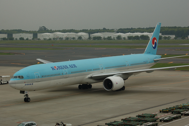 Korean Air Boeing777-300 5