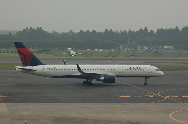 デルタ航空 Boeing757-200
