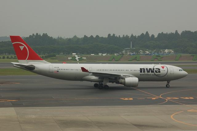 ノースウェスト航空 Airbus A330-200