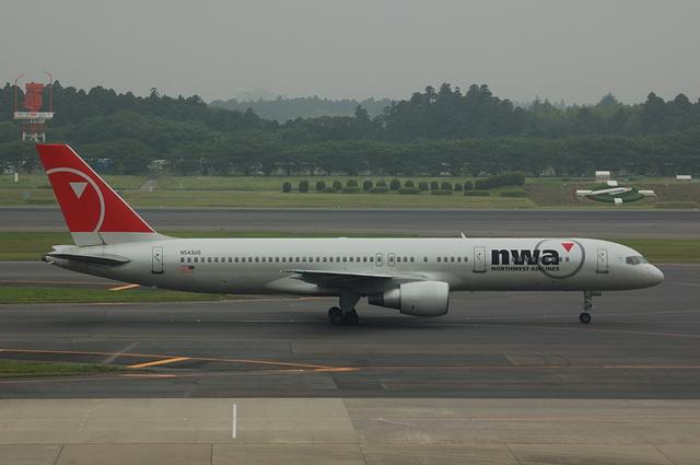 Boeing757-200(N543US)