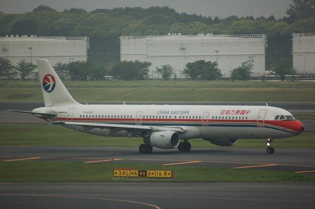中国東方航空 A321-200 1