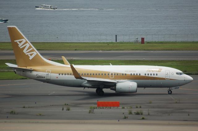 Boeing737-700(JA02AN)