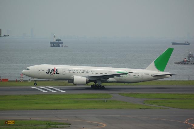 SKY ECO Boeing777-200