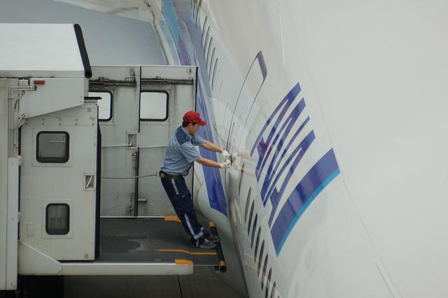 Boeing777 ドア・オープン 1