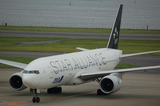 B777-200(JA711A) 到着