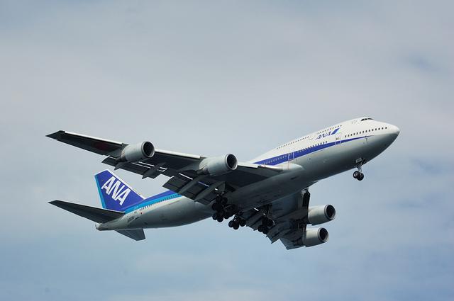 全日空 Boeing747-400D