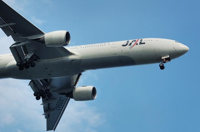 日本航空Boeing777-300