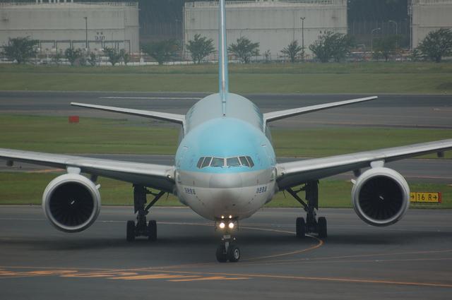 Korean Air Boeing777-300 2