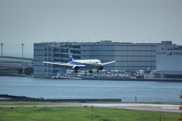 Boeing767 Haneda Landing