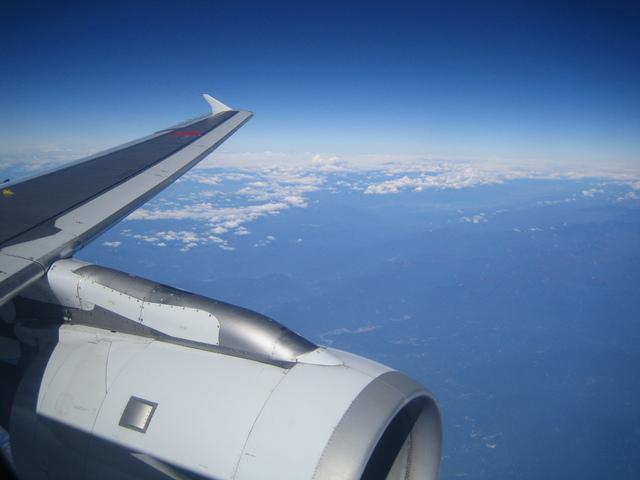 A320のエンジンと翼