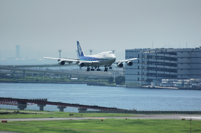 ANA Boeing747-400 Approach