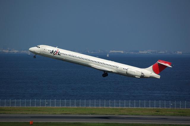 MD-90-30 Positive Climb