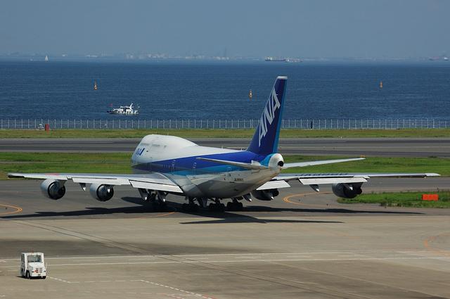 ANA Boeing747-400の後姿